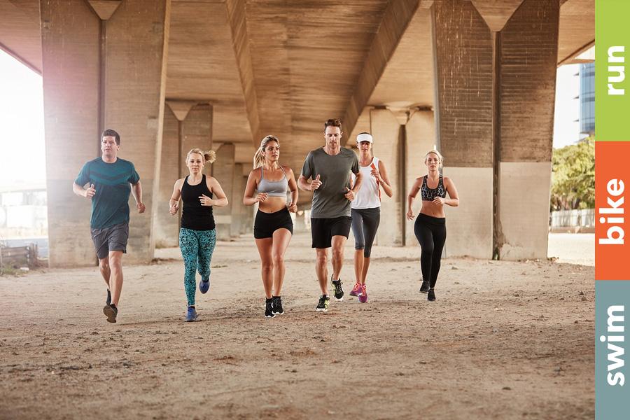 Triathlonverein, Teams oder doch alleine?